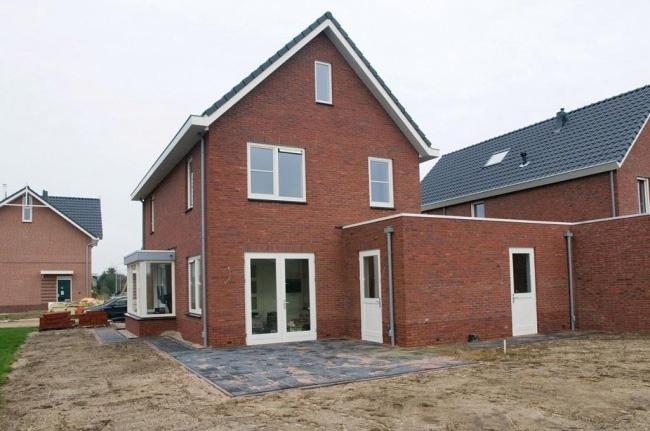 Great vrijstaande geschakelde woning te laren gld eigen for Zelf woning bouwen prijzen